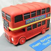 3D London Bus birthday cake