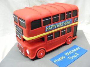 3D London Bus birthday cake