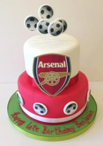 Arsenal themed birthday cake