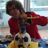 David Luiz with his cake
