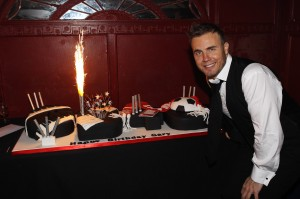 Gary Barlow S 40th Birthday Cake Cakes By Robin