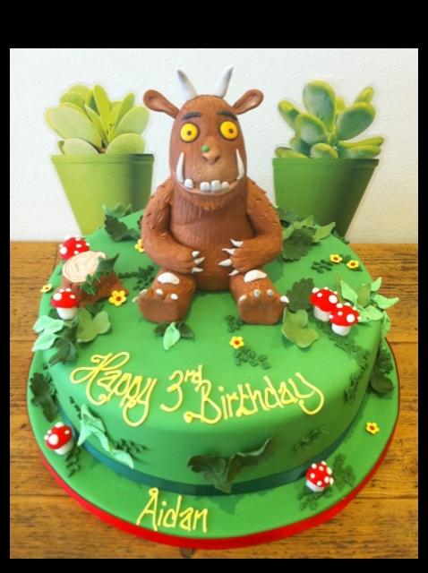 Gruffalo birthday cake 2D