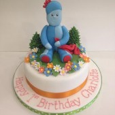 Iggle Piggle with flowers