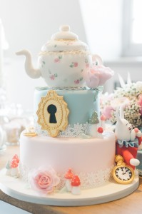 A beautiful cake is a must