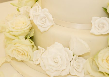 Katherines-wedding-cake-close-up