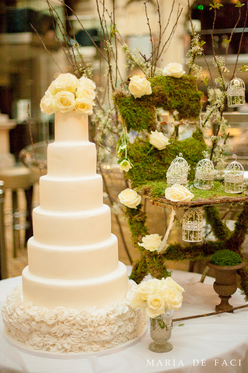 Wedding Inspiration at The Royal Exchange - Cakes by Robin