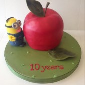 Minion Big Apple cake