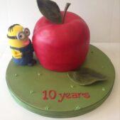 Minion Big Apple cake