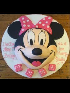 Minnie Mouse 2D birthday cake