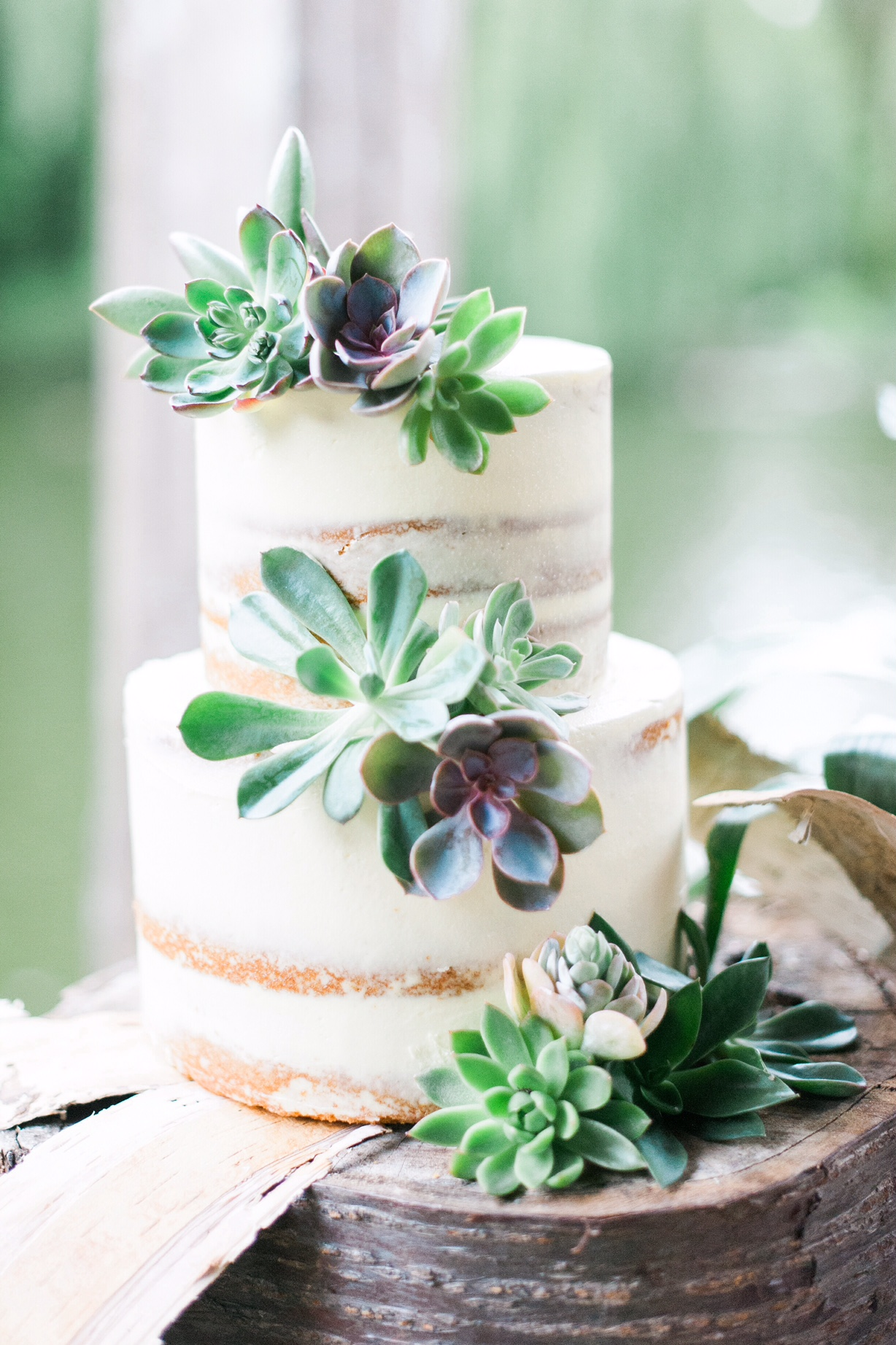Small Round Wedding Cakes