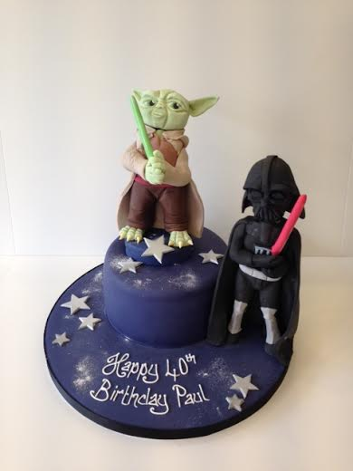Yoda and Darth Vadar birthday cake