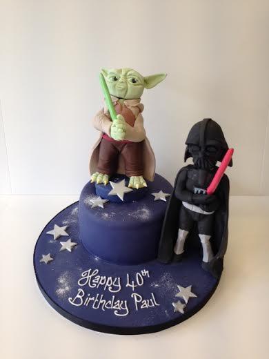 Yoda and Darth Vadar birthday cake