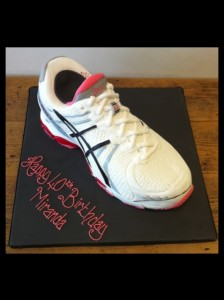 Trainer birthday cake fitness fanatic