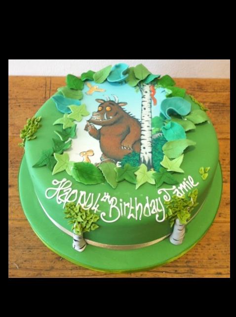 Gruffalo transfer cake