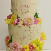 wedding-buttercream-and-flowers