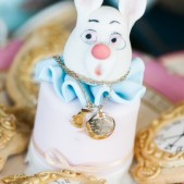 alice-inwonderland-party-theme-inspiration (5)
