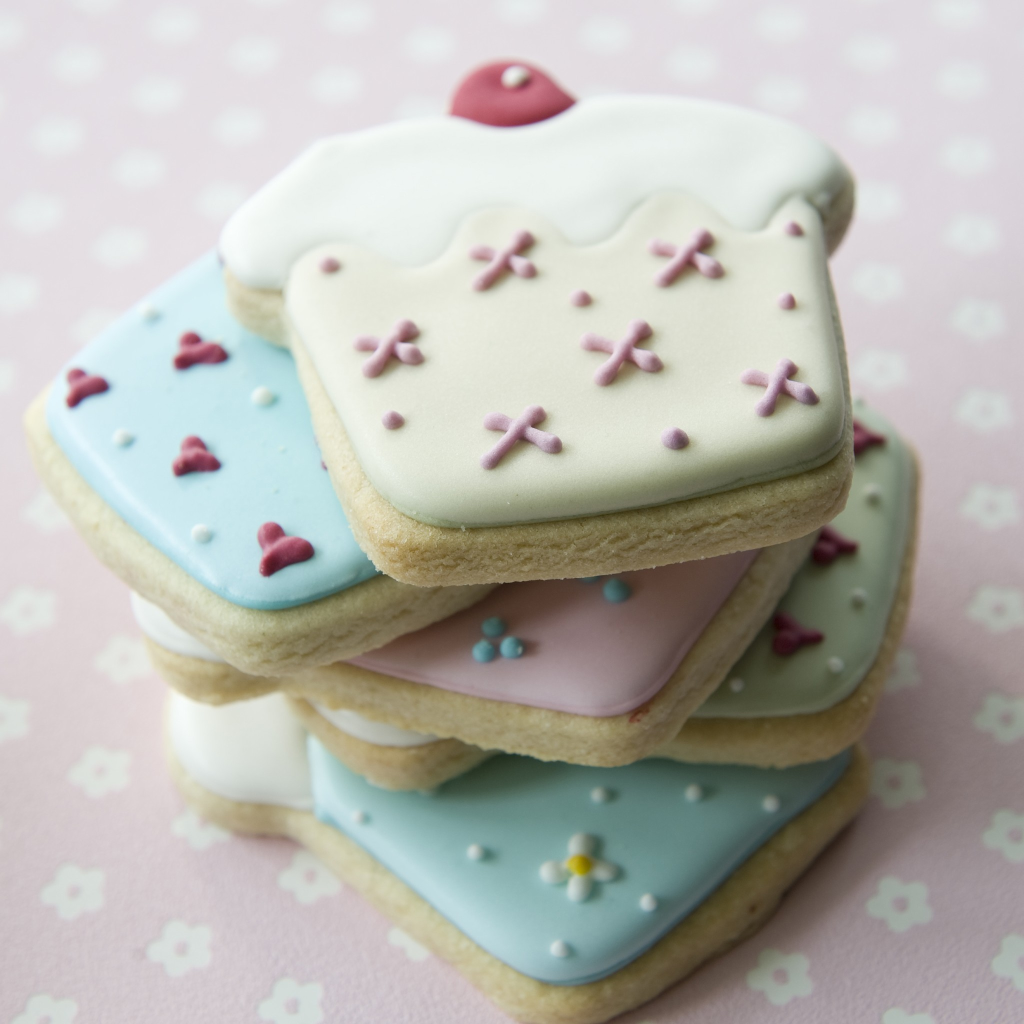 Personalised Cookies Cakes By Robin