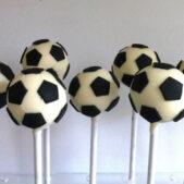 football-cake-pops