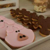 fun-at-the-farm-dessert-table (6)