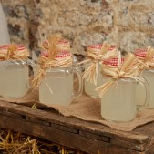 fun-at-the-farm-party-inspiration (10)