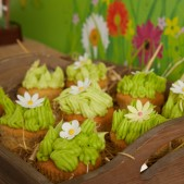 fun-at-the-farm-party-inspiration (4)