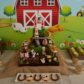 fun-at-the-farm-party-inspiration (8)