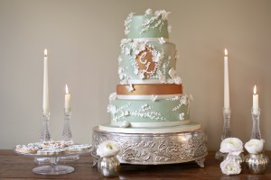 Green and bronze wedding cake