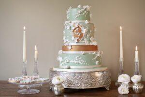 Green and bronze wedding cake