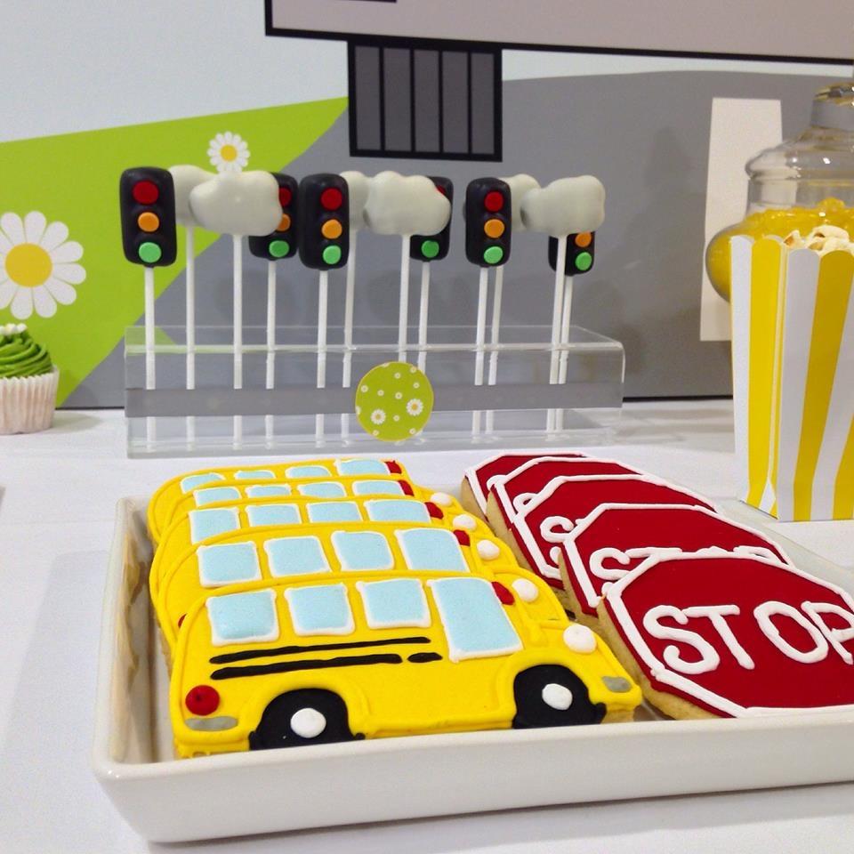 Traffic Light Cake