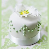 miniature_white_green_2