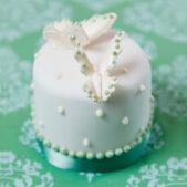 miniature_white_green_butterflies