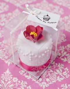 Mini wedding cake favour