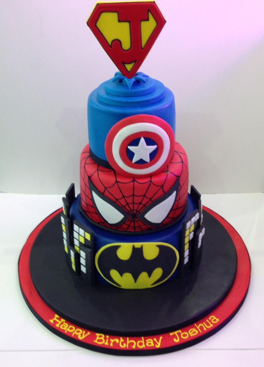 Missy's Cake Studio: A Boy Cake  |Superhero Cakes
