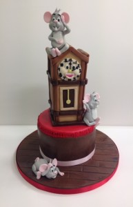 Hickory Dickory dock birthday cake