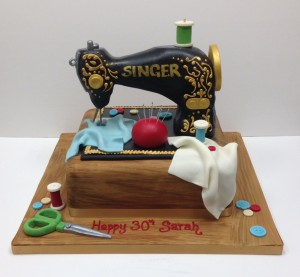 Sewing machine birthday cake Singer sewing machine cake