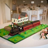 station-wedding-cake