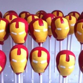 superhero-cake-pops