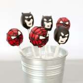 superhero-theme-cakepops