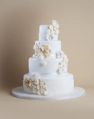 timeless-wedding-cake-4-tier-flowers-hp
