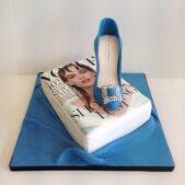 vogue-magazine-birthday-cake