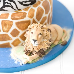 Close up detail of lion on novelty wedding cake