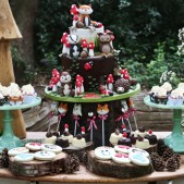 woodland theme birthday party inspiration (11)
